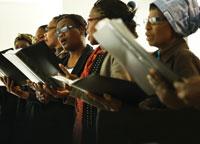 찬양예배: 포르투갈 빌라차 교회에서 음악은 예배의 중요한 요소다.